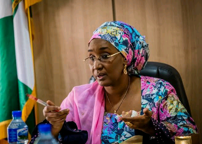 One hundred and twenty five thousand women in the country are to benefit from the Cash grant for rural women. scheme from the Federal Government.